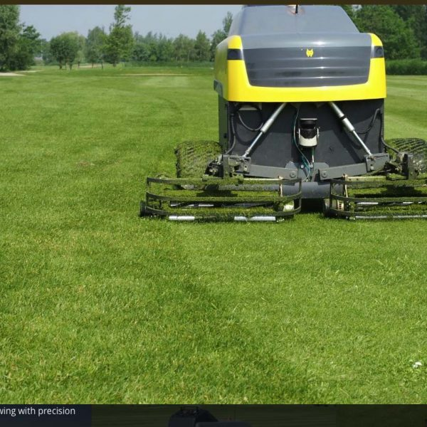 6 Contour mowing with precision